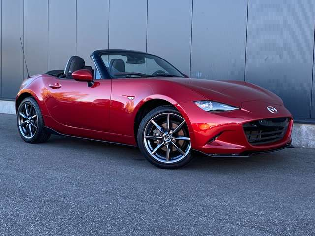 Mazda MX-5 2.0i Skyactiv-G Skycruise AERO PACK / FULL OPTION
